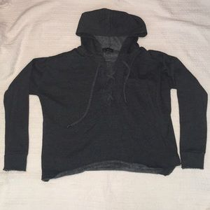 Derek Heart Large crop hoodie